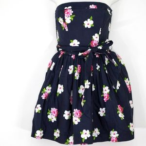 Abercrombie & Fitch Dress Navy Floral fit and flar